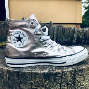 🔥CONVERSE unisex high top metallic sneakers🔥